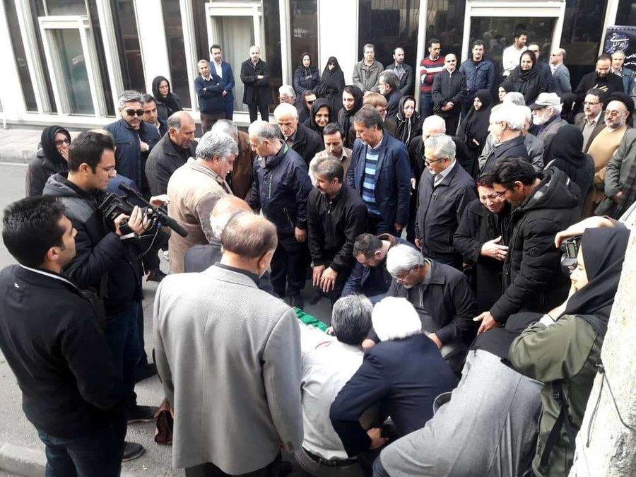 مراسم تشییع پیکر حمید هوشنگی برگزار شد