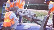 حذف مجسمه کریستف کلمب از پارک لسآنجلس به دلیل خشونت وی علیه بومیان آمریکا