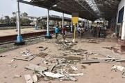 طوفان در هند دهها کشته و ۱۸۰ هزار آواره بر جای گذاشت