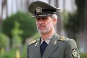 تصاویر | وزیر دفاع سر مزار سردار سلیمانی