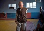 تشک پر از خون با بدن قربانیان حمله انتحاری؛ تنهاییها و آرزوهای بزرگ یک مربی یکدست در کابل