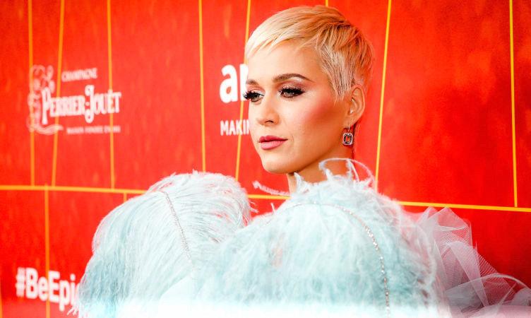 كيتي پري خواننده آمريكايي