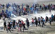 شلیک گاز آشکآور توسط ارتش آمریکا در مرز مکزیک   احساس میکردم با فرزندانم میمیرم