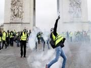 فیلم | پاریس صحنه جنگ معترضان و پلیس