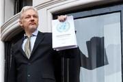 ویکی لیکس: آسانژ طی ساعات یا روزهای آینده از سفارت اکوادور اخراج میشود