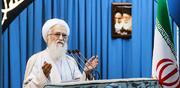 خطیب جمعه تهران: اصناف دولت را یاری کنند