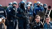 فرانسه ۹۰ هزار پلیس را برای مقابله با اعتراض جلیقه زردها به میدان آورد