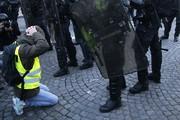 واکنش تند پاریس علیه در پی دیدار رهبر پنجستارهها با جلیقهزردها