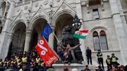 مجارستان اتحادیه اروپا را تهدید کرد | به کارزار ضد مهاجرتی ادامه میدهیم