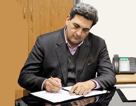 حناچی حکم شهرداران مدارس را اعطا کرد