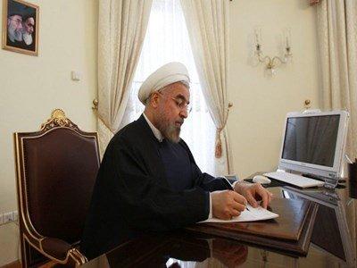 رئیس جمهوری از وزیر دفاع تقدیر کرد