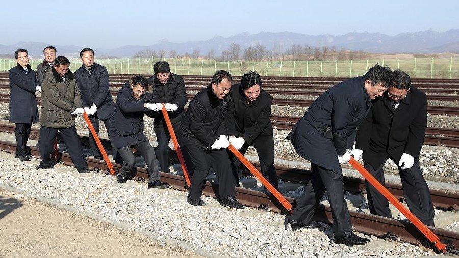 آغاز پروژه اتصال مجدد خطوط راه آهن بین کره شمالی و جنوبی