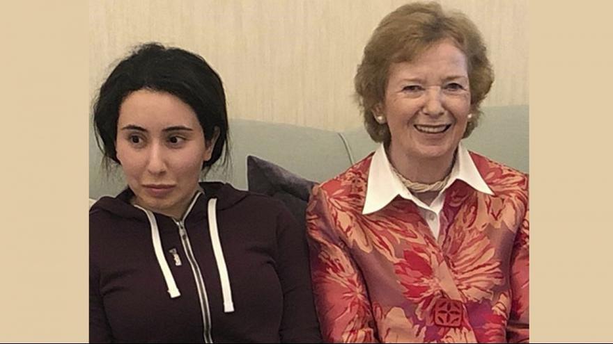 مري رابينسون و دختر حاكم دبي