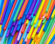 حذف پلاستیکهای یکبار مصرف از مدارس انگلیس