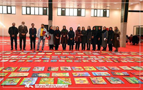 رقابت ۲۹۰۰ اثر در دوسالانهی کانون