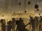 عکس روز   توپبازی در تابستان نیمکره جنوبی