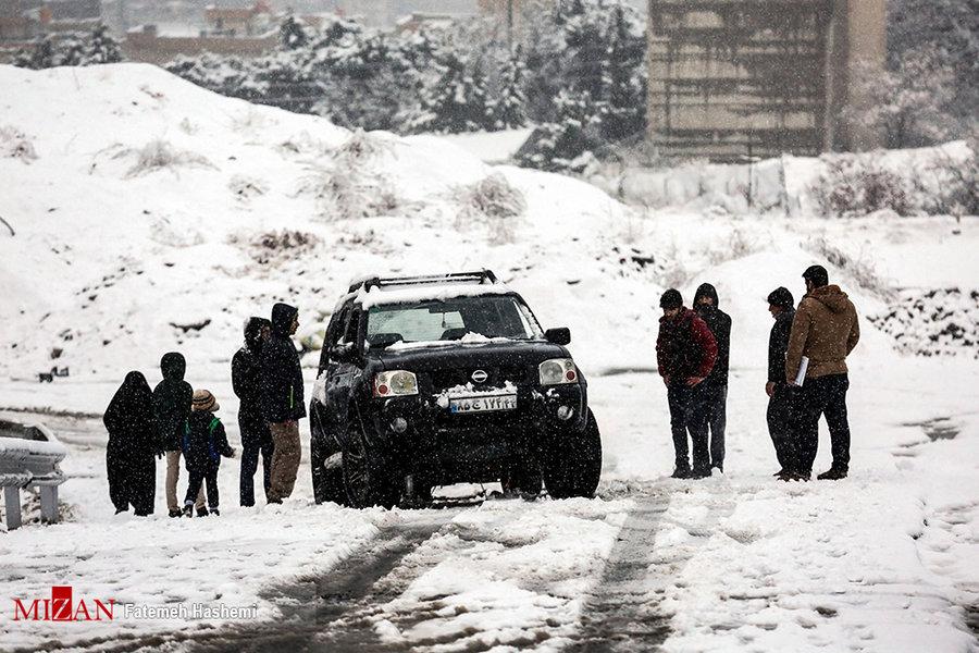 امدادرسانی به بیش از ۳ هزار نفر/بارش برف و وقوع کولاک در ۱۳ استان