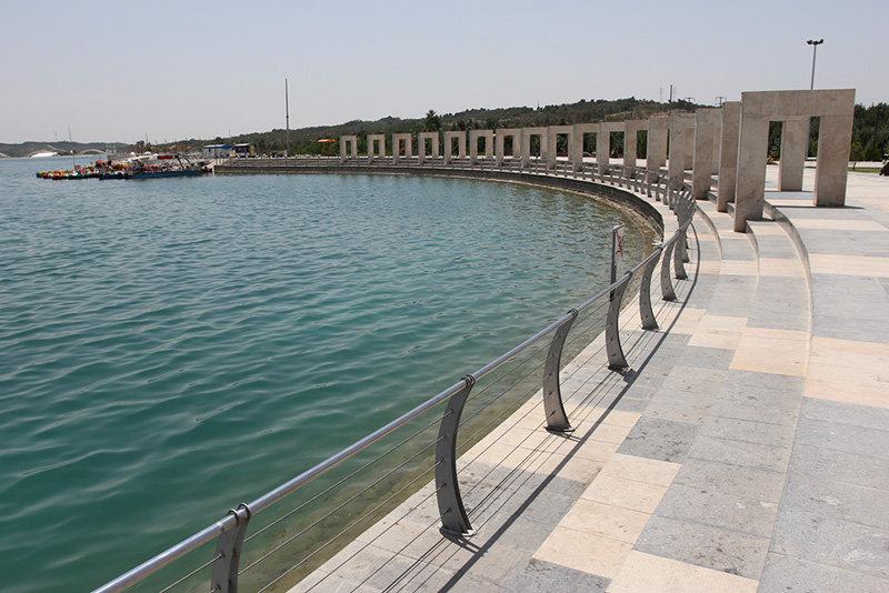 آبگيري درياچه خليج فارس