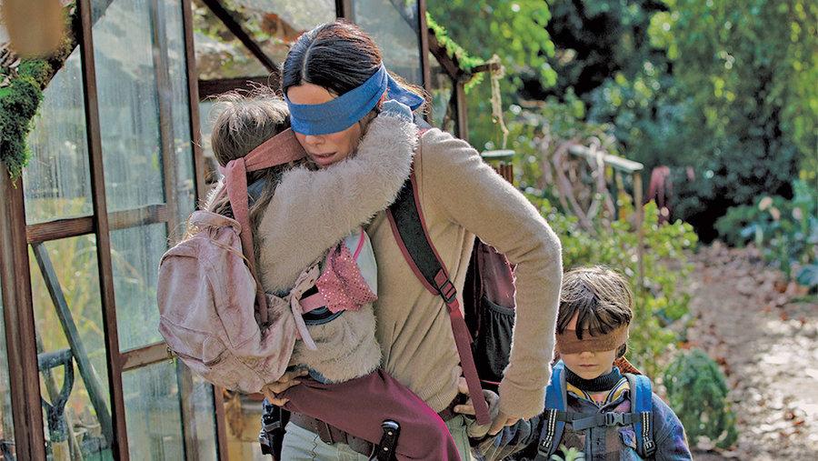 ساندرا بولاك در فيلم جعبه پرنده محصول نتفليكس
