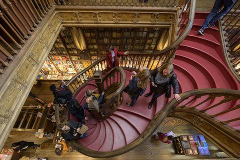 یک کتابفروش بزرگ در پرتغال