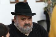 بازی اکبر عبدی در سریال روزهای آبی