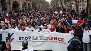 تظاهرات شالقرمزها علیه جلیقهزردها در پاریس