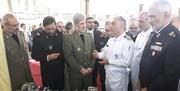 وزیر دفاع از نمایشگاه دستاوردهای صنایع دریایی یزد بازدید کرد