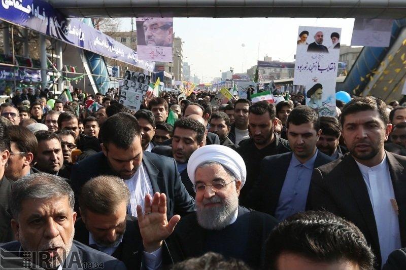 رييس جمهور در راهپيمايي 22 بهمن