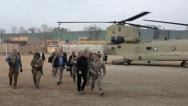 سفر وزير دفاع آمريكا به افغانستان