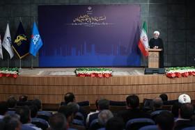 روحانی: وقتی دشمن سنگ میاندازد، شیشه میشکند