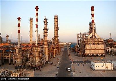 با بهرهبرداری از این فاز هماکنون ظرفیت تولید بنزین کشور بهمیزان 105 میلیون لیتر در روز به تثبیت رسیده و در حالی که میزان مصرف روزانه این فرآورده نفتی بین 85 تا 90 میلیون لیتر در روز است