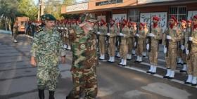 فرمانده کل ارتش از یگانهای جنوب غرب کشور بازدید کرد