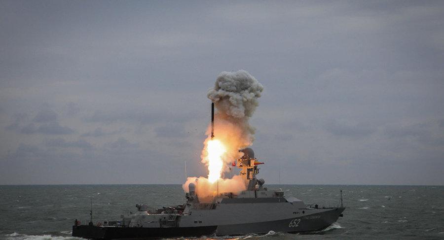 پرتاب موشک کالیبر از زیردریایی اتمی روسيه