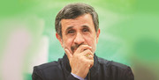 تصاویر احمدینژاد در چهلم مادر مشایی؛ واکنش عجیب به دوربین