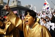 عکس روز: سالگرد قیام در سئول