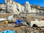 میکروپلاستیکها بیشترین زبالههای موجود در سواحل مدیترانه