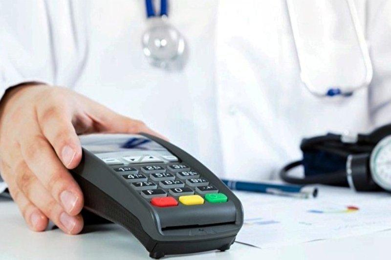قرار ندادن کارتخوان در مطب ها مصداق فرار مالیاتی است