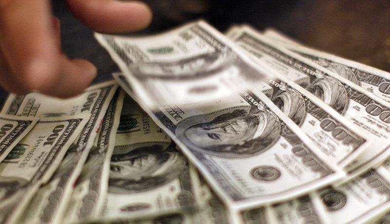 قیمت دلار در سال آینده قابل پیشبینی نیست