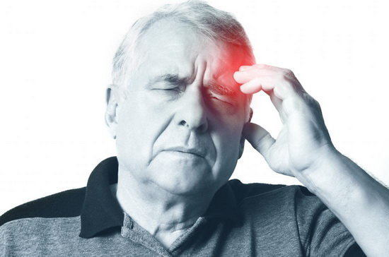 ۴ نشانه هشداردهنده سکته مغزی
