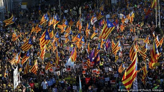 تظاهرات اهالي كاتالونيا در مادريد