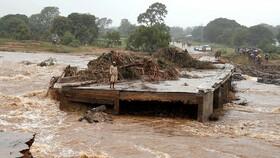شمار قربانیان طوفان در موزامبیک ممکن است به هزار نفر برسد