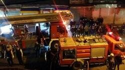 آتش سوزی انبار کالا در خیابان مولوی تهران