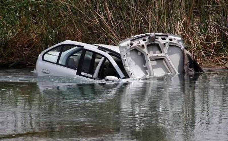 سقوط خودرو به رودخانه در هشترود دو کشته برجا گذاشت