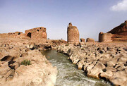 سیل ایلام؛ خسارت به آثار تاریخی | کشف دو خمره قدیمی