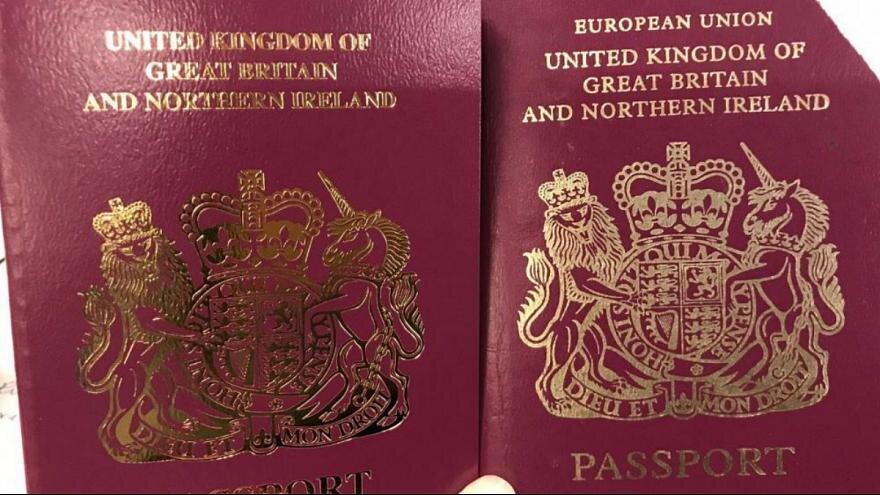 جلد گذرنامه جديد انگليس