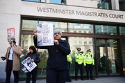 دادگاه بریتانیا جولیان آسانژ  را مجرم شناخت