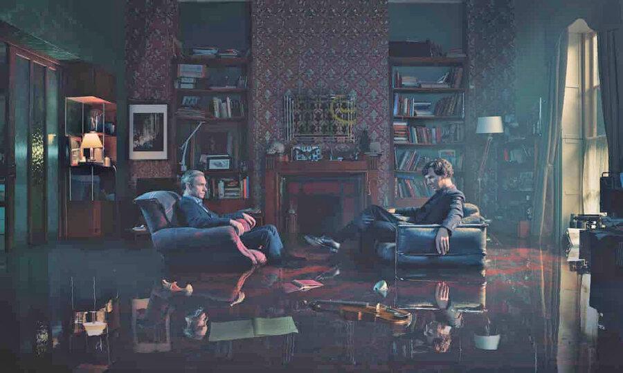 بنديكت كامبربچ و مارتين فريمن در سريال شرلوك