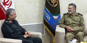 فرمانده کل سپاه با امیر سرلشکر موسوی دیدار کرد