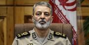 فرمانده کل ارتش به سرداران سلامی و جعفری تبریک گفت