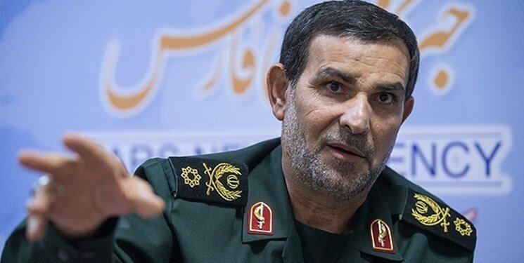 فرمانده نیروی دریایی سپاه: استفاده از تنگه هرمز برای ایران محدود شود آن را خواهیم بست